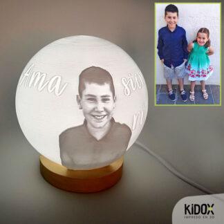 Lámpara litofanía personalizada, impresas en 3D con base de madera. Kidox, impreso en 3D