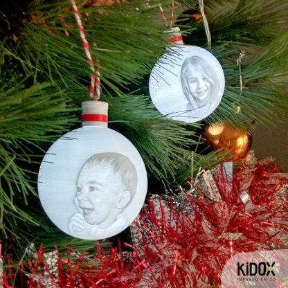 Bolas de Navidad con luz personalizadas con foto, impresas en 3D. Kidox, impreso en 3D